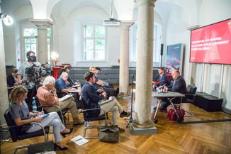 Bild 30 | Pressekonferenz PALFINGER AG