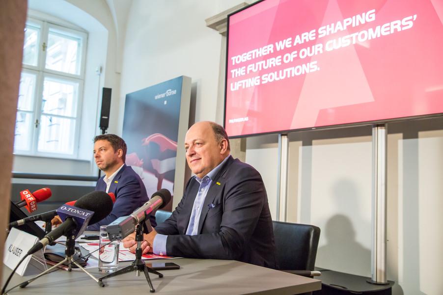 Bild 31 | Pressekonferenz PALFINGER AG