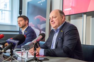 Bild 32 | Pressekonferenz PALFINGER AG