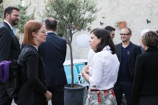 Bild 8   JournalistInnenheuriger mit Europaabgeordneten