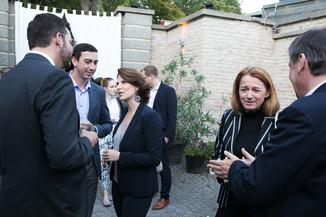 Bild 22   JournalistInnenheuriger mit Europaabgeordneten