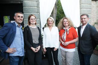 Bild 27   JournalistInnenheuriger mit Europaabgeordneten