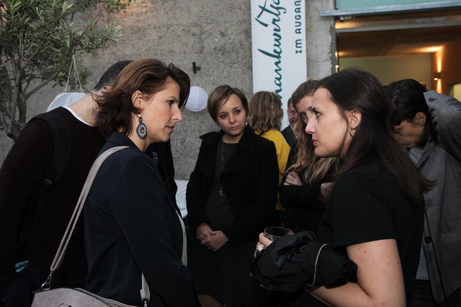 Bild 37   JournalistInnenheuriger mit Europaabgeordneten