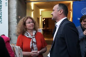 Bild 41   JournalistInnenheuriger mit Europaabgeordneten