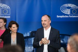 Bild 52   JournalistInnenheuriger mit Europaabgeordneten
