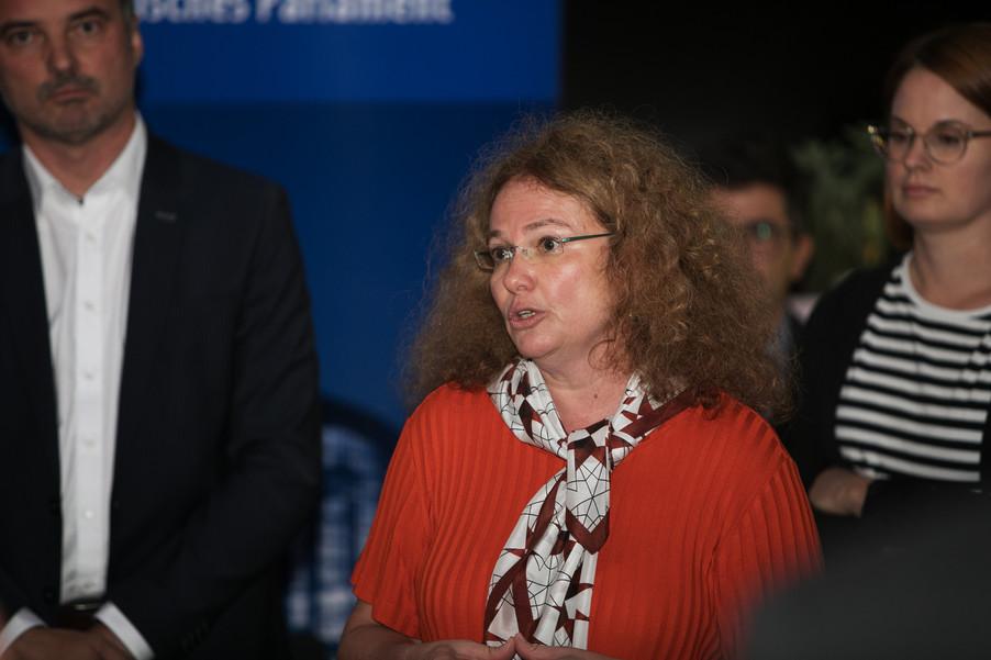 Bild 63   JournalistInnenheuriger mit Europaabgeordneten