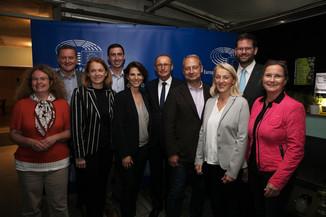 Bild 68   JournalistInnenheuriger mit Europaabgeordneten