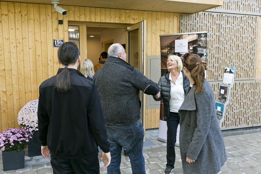 Bild 2   Löwen Hotel Montafon eröffnet neues Teamhaus