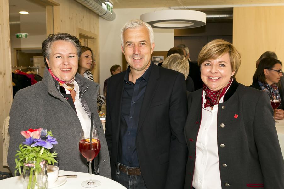 Bild 25   Löwen Hotel Montafon eröffnet neues Teamhaus