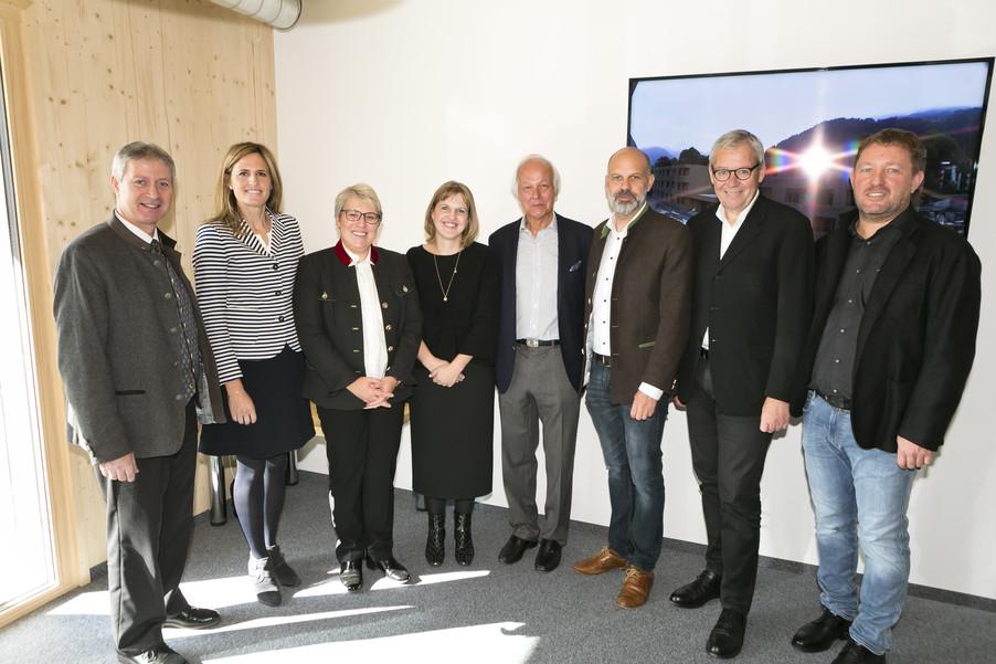 Bild 66   Löwen Hotel Montafon eröffnet neues Teamhaus