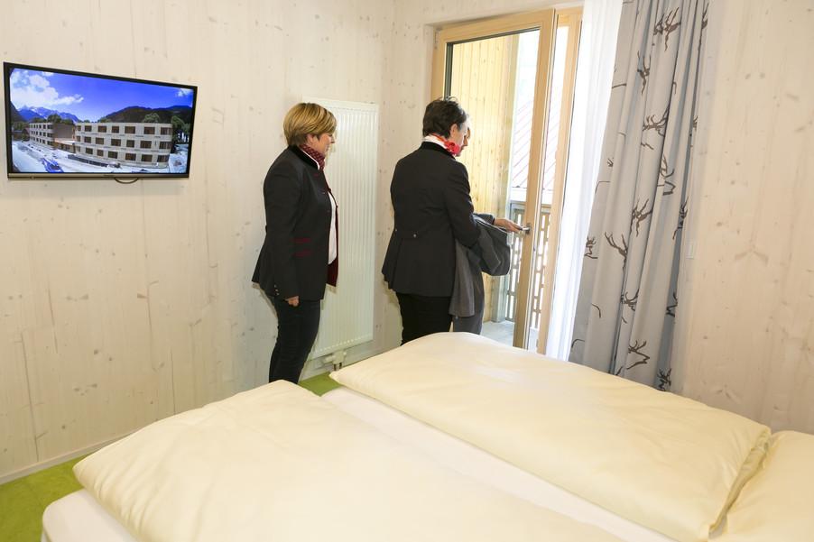 Bild 78   Löwen Hotel Montafon eröffnet neues Teamhaus