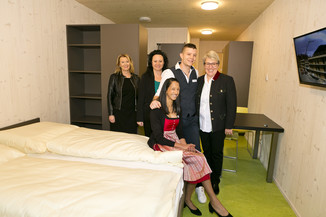 Bild 82   Löwen Hotel Montafon eröffnet neues Teamhaus