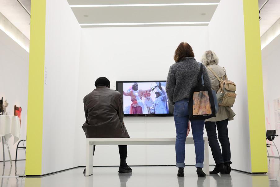 Bild 32 | Ausstellungseröffnung: Somewhere in the World
