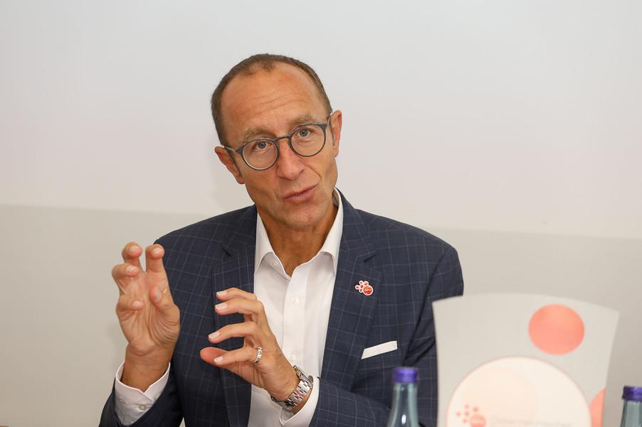 Bild 44   Franchising in Österreich