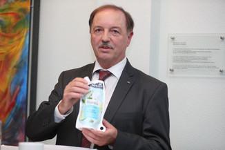 Bild 23   WALS/SALZBURG - 2019-10-24: Bilanzpressekoferenz DM Drogeriemarkt in der Firmenzentrale in Wals bei ...