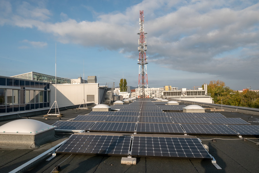 Bild 10 | Steigender Stromverbrauch: Drei setzt auf Solarenergie