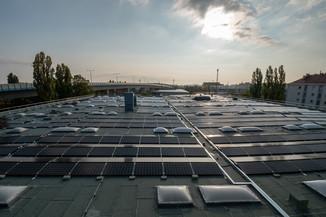 Bild 9 | Steigender Stromverbrauch: Drei setzt auf Solarenergie