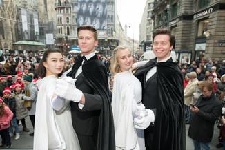 Bild 5   Faschingsbeginn mit den Wiener Tanzschulen: Stephansplatz wird zum größten Open-Air-Tanzsaal ...