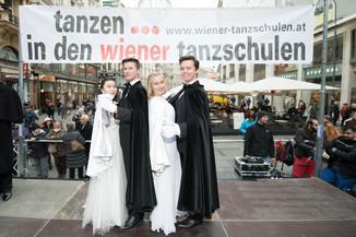 Bild 10   Faschingsbeginn mit den Wiener Tanzschulen: Stephansplatz wird zum größten Open-Air-Tanzsaal ...