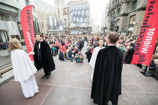 Bild 14   Faschingsbeginn mit den Wiener Tanzschulen: Stephansplatz wird zum größten Open-Air-Tanzsaal ...