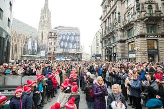 Bild 21   Faschingsbeginn mit den Wiener Tanzschulen: Stephansplatz wird zum größten Open-Air-Tanzsaal ...