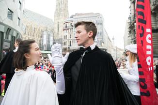 Bild 23   Faschingsbeginn mit den Wiener Tanzschulen: Stephansplatz wird zum größten Open-Air-Tanzsaal ...