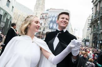 Bild 28   Faschingsbeginn mit den Wiener Tanzschulen: Stephansplatz wird zum größten Open-Air-Tanzsaal ...