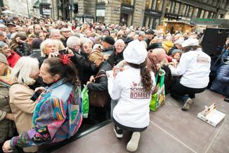 Bild 53   Faschingsbeginn mit den Wiener Tanzschulen: Stephansplatz wird zum größten Open-Air-Tanzsaal ...