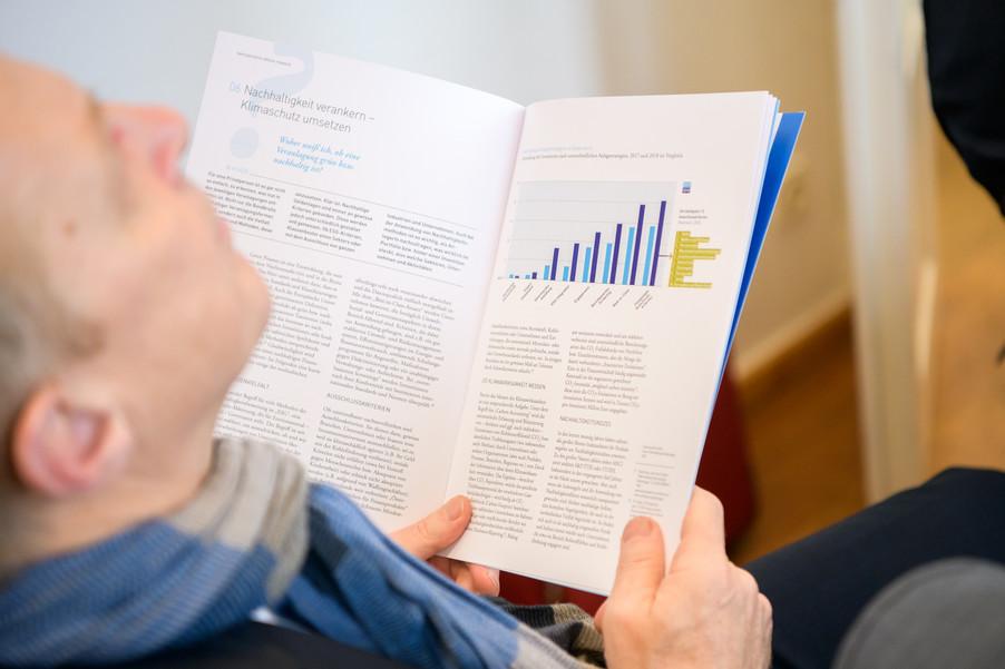 Bild 12 | Präsentation des Faktenchecks Green Finance