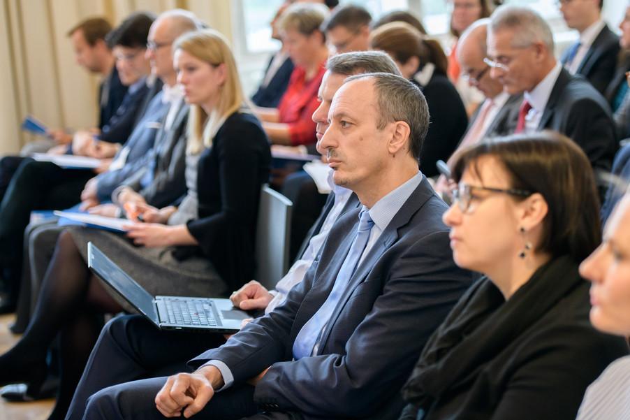 Bild 22 | Präsentation des Faktenchecks Green Finance