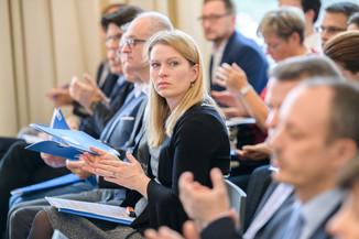 Bild 26 | Präsentation des Faktenchecks Green Finance