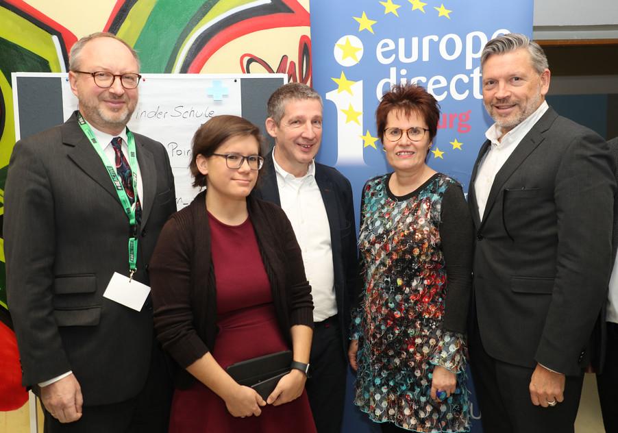 Bild 9 | SALZBURG - 2019-11-25: Die EU und die Medien Europapolitische Bildungsarbeit im Klassenzimmer Im ...