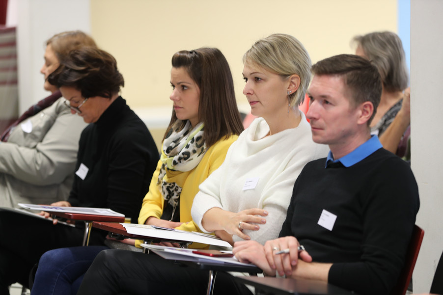 Bild 16 | SALZBURG - 2019-11-25: Die EU und die Medien Europapolitische Bildungsarbeit im ...