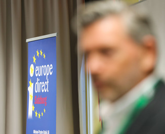 Bild 24 | SALZBURG - 2019-11-25: Die EU und die Medien Europapolitische Bildungsarbeit im ...