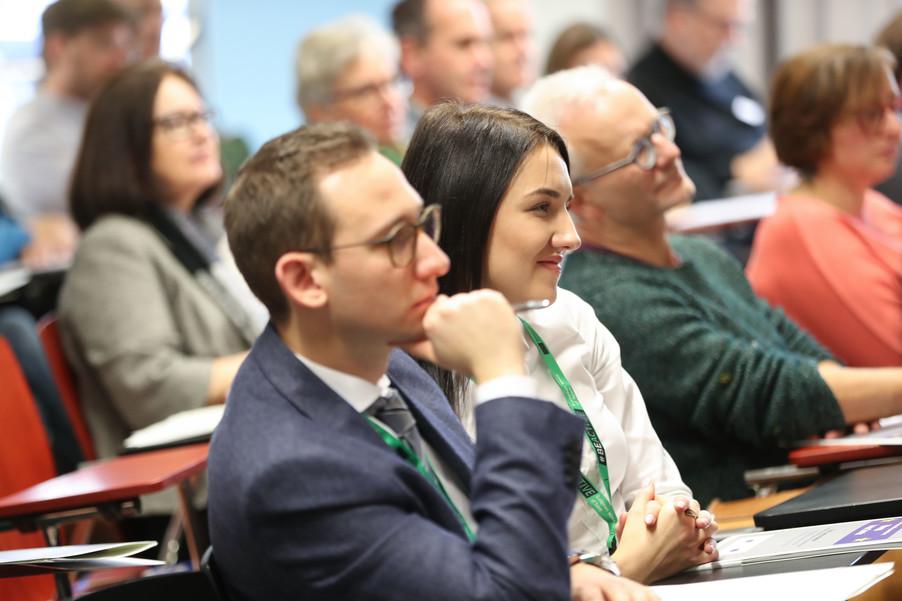 Bild 27 | SALZBURG - 2019-11-25: Die EU und die Medien Europapolitische Bildungsarbeit im ...