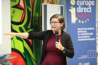 Bild 49 | SALZBURG - 2019-11-25: Die EU und die Medien Europapolitische Bildungsarbeit im Klassenzimmer Im ...