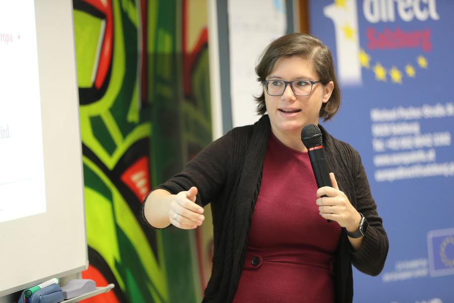 Bild 50 | SALZBURG - 2019-11-25: Die EU und die Medien Europapolitische Bildungsarbeit im Klassenzimmer Im ...