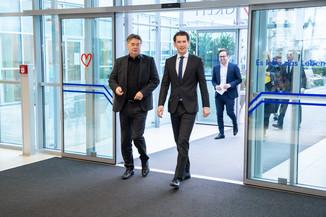 Bild 7 | Bundeskanzler Kurz, Vizekanzler Kogler und Sozialminister Anschober besuchen das Haus der ...