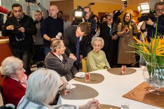 Bild 29 | Bundeskanzler Kurz, Vizekanzler Kogler und Sozialminister Anschober besuchen das Haus der ...
