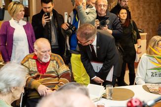 Bild 39 | Bundeskanzler Kurz, Vizekanzler Kogler und Sozialminister Anschober besuchen das Haus der ...