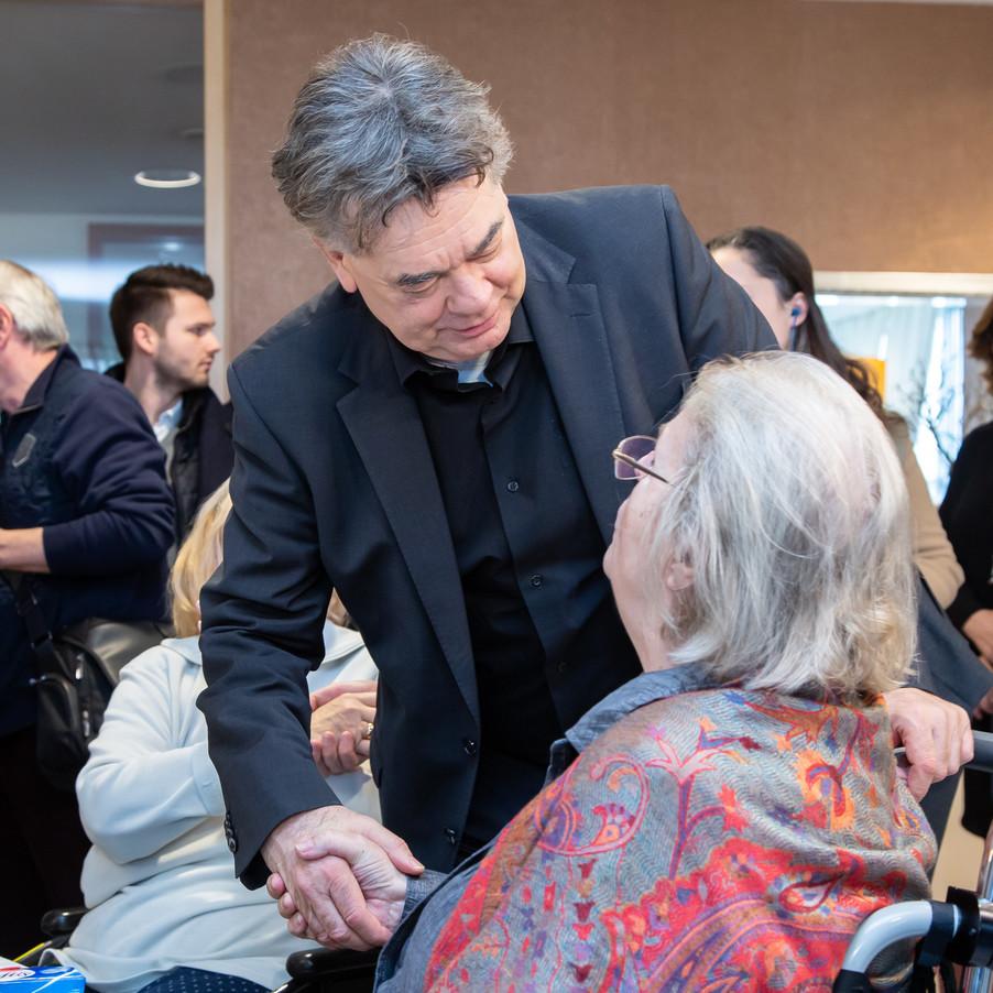 Bild 41 | Bundeskanzler Kurz, Vizekanzler Kogler und Sozialminister Anschober besuchen das Haus der ...