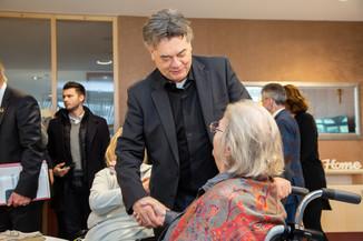 Bild 43 | Bundeskanzler Kurz, Vizekanzler Kogler und Sozialminister Anschober besuchen das Haus der ...