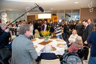 Bild 46 | Bundeskanzler Kurz, Vizekanzler Kogler und Sozialminister Anschober besuchen das Haus der ...
