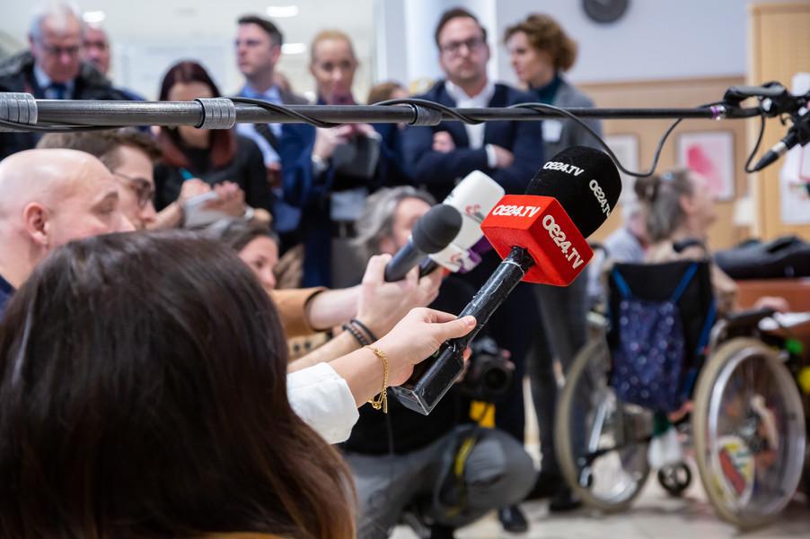 Bild 67 | Bundeskanzler Kurz, Vizekanzler Kogler und Sozialminister Anschober besuchen das Haus der ...