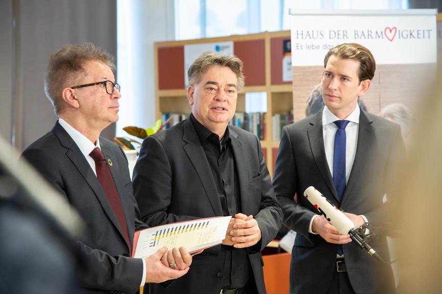 Bild 71 | Bundeskanzler Kurz, Vizekanzler Kogler und Sozialminister Anschober besuchen das Haus der ...