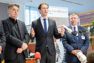 Bild 93 | Bundeskanzler Kurz, Vizekanzler Kogler und Sozialminister Anschober besuchen das Haus der ...