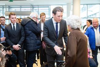 Bild 96 | Bundeskanzler Kurz, Vizekanzler Kogler und Sozialminister Anschober besuchen das Haus der ...
