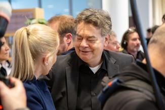 Bild 100 | Bundeskanzler Kurz, Vizekanzler Kogler und Sozialminister Anschober besuchen das Haus der ...