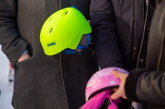 Bild 24 | Helm schützt - auch beim Eislaufen