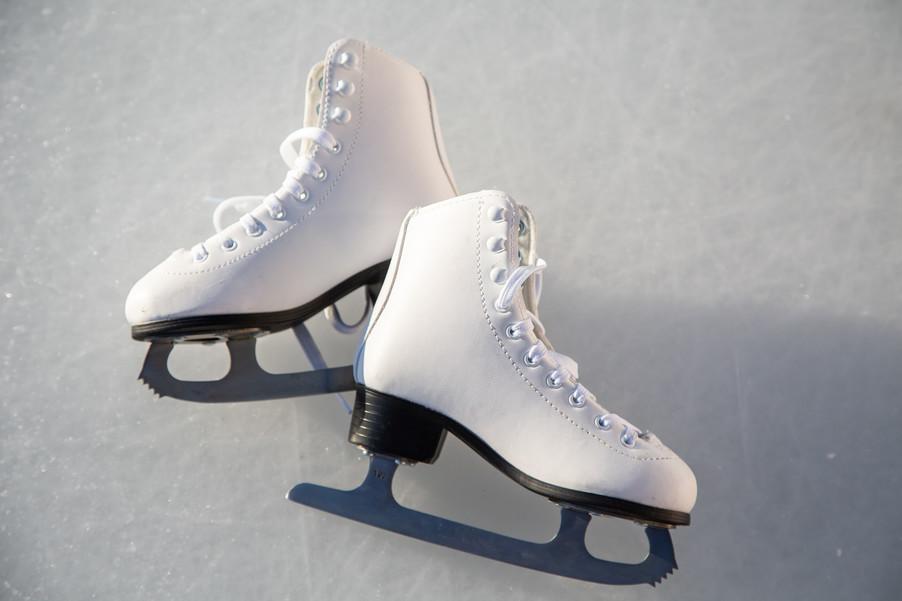Bild 37 | Helm schützt - auch beim Eislaufen